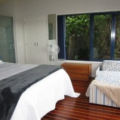 Bedroom - Bridge Deck Villa - Crows Nest Opua