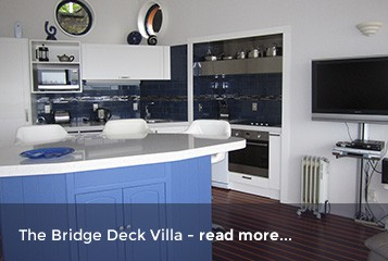 Bridge Deck Villa - Crows Nest Opua